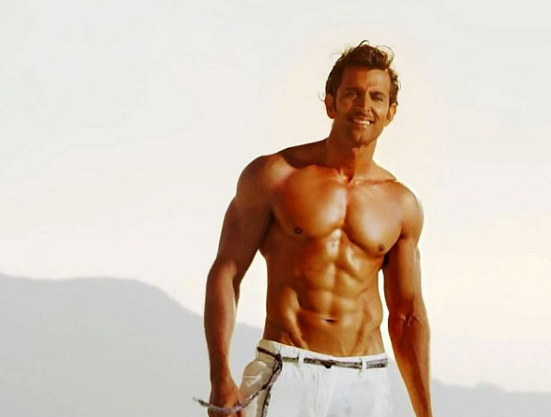 Hrithik Roshan 6 Pack Abs And Muscular Body Looks