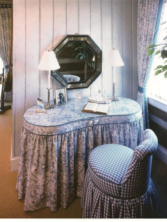 Skirted Dressing Table In 2020 Vintage Tables