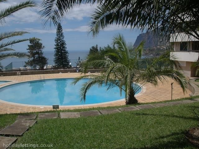 3 bedroom apartment in Funchal to rent from £238 pw. With balcony/terrace, TV and DVD.