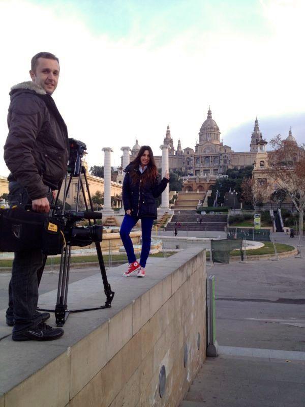 """Grabando en Barcelona para """"Hay una cosa que te quiero decir"""" en Telecinco."""
