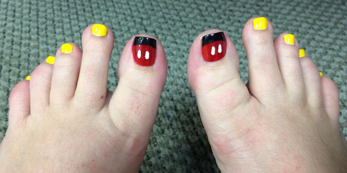 Disney ready pedi! Mickey Mouse toenails :)