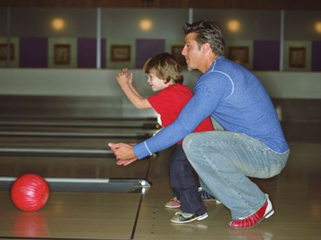 10 Indoor Activities To Beat Winter Boredom Family Entertainment Family Outing Indoor Activities