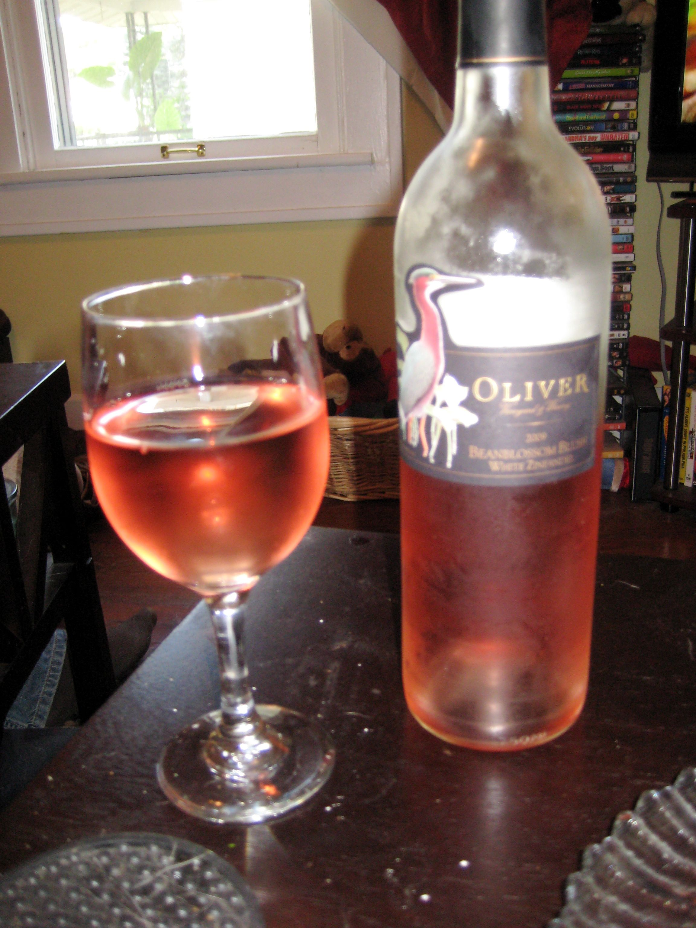 This Wine Is So Good My Favorite Of The Oliver Collection It Is A Beanblossum White Zinfandel It Is A Little On The White Zinfandel Wine And Spirits Wine