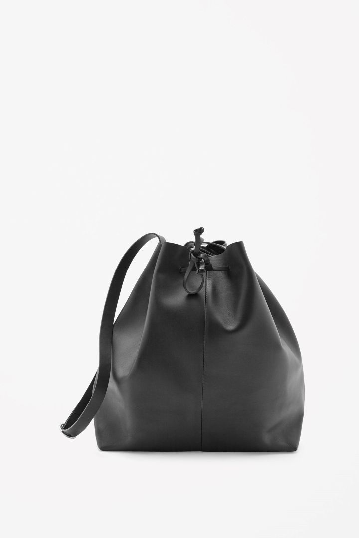 Drawstring leather bag COS -1500SEK | I'd like to wear this Autumn ...