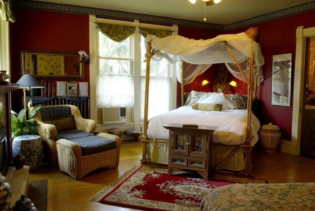 Chambre à coucher. Style british colonial. | maisons coloniales ...
