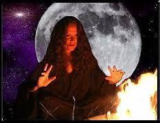 Resultado de imagem para maca e amor afrodite wicca