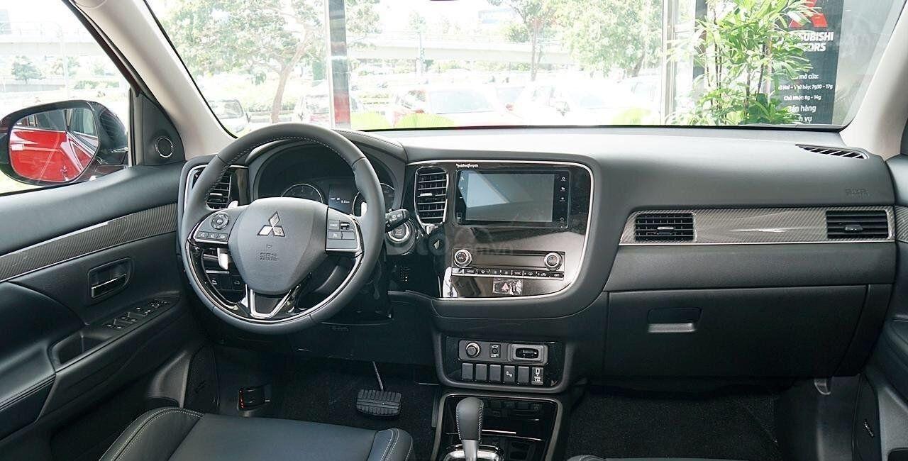Mitsubishi Outlander Sieu Phẩm 2020 đủ Mau Giao Xe Hỗ Trợ Trả Gop đăng Ky Lai Thử Lien Hệ để Co Gia Tốt Nhất Trong 2020 Tui