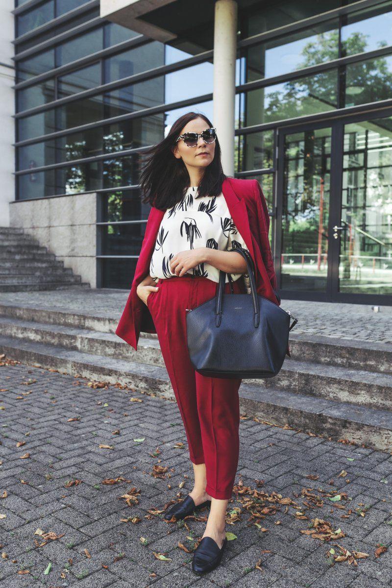 herbst outfit mit rotem hosenanzug und just female tunika fashion bloggers ootd. Black Bedroom Furniture Sets. Home Design Ideas