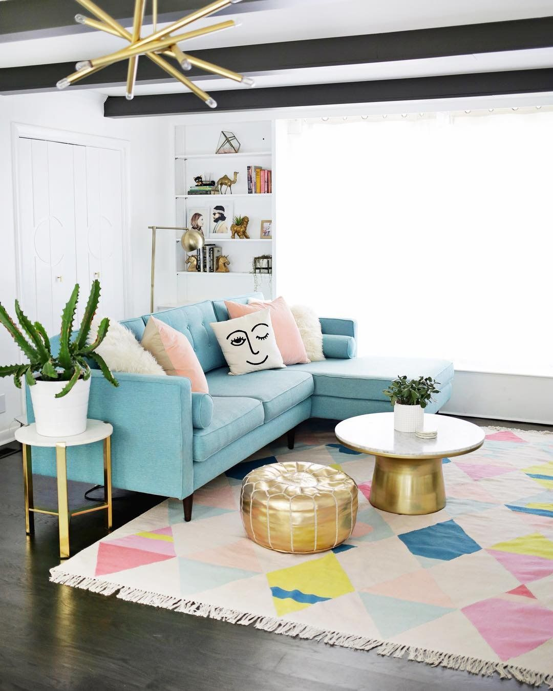 16 Rooms That Show Mid Century Decor Is Here To Stay