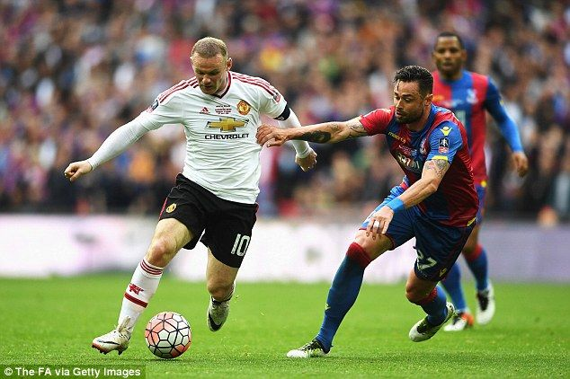 Manchester Utd 2 1 Crystal Palace Player Ratings Rooney Ran The Show Manchester United Manchester Wembley