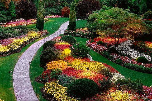 Alkossunk Nagyot Kis Helyen A Szep Elokert Titka Choco 2 Beautiful Flowers Garden Beautiful Gardens Amazing Gardens