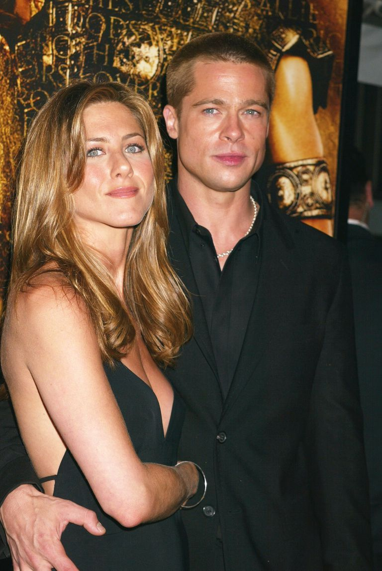 So...Brad Pitt Was Spotted Hanging Out Outside of Jennifer