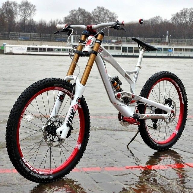 YT Tues Limited Edtion (via Chain Reaction Cycles)   Mt. Biking ...