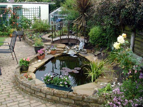 Cr e bassin de jardin pour la 600 450 for Cree des maison