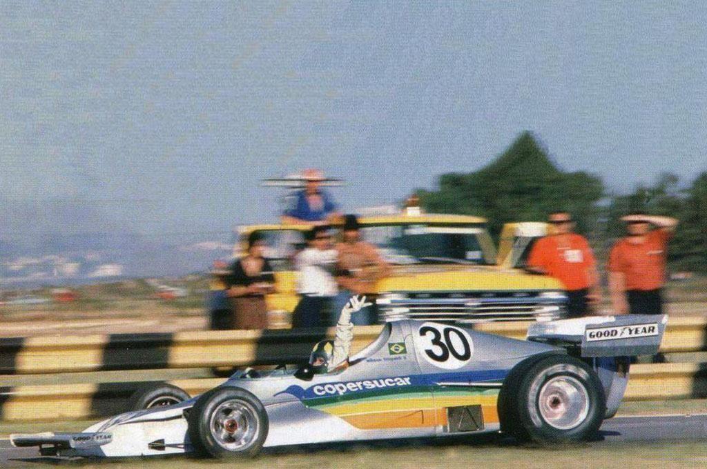 Copersucar/Fittipaldi FD01 (BRA)  Ford Cosworth/Goodyear  1975  Driver: Wilson Fittipaldi