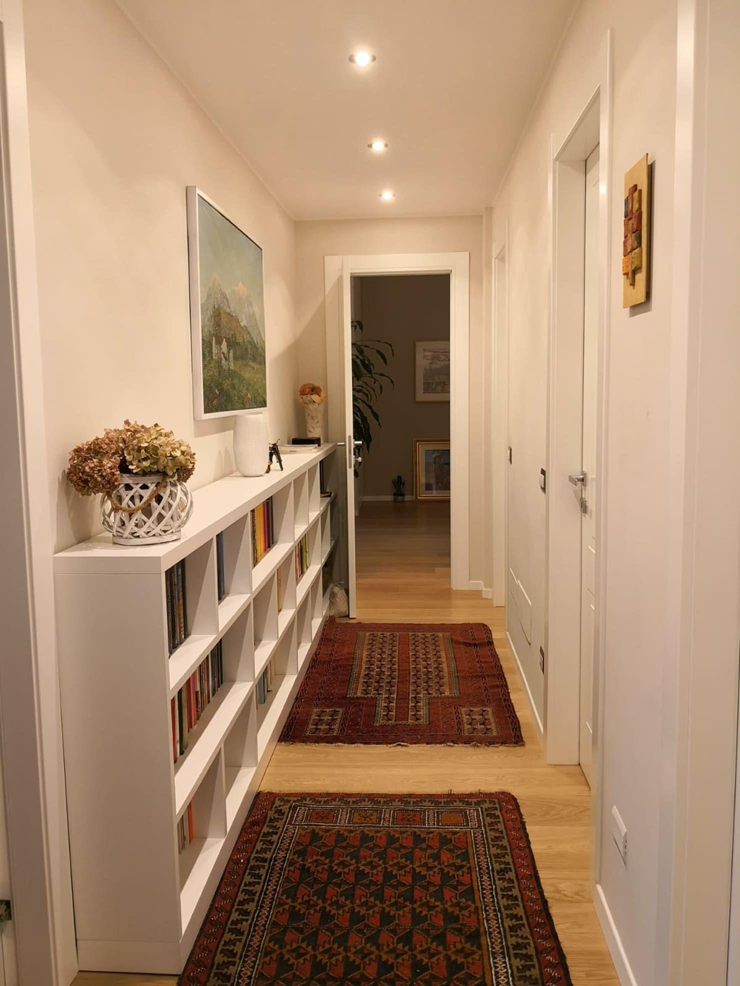 Classico moderno ingresso corridoio in stile di alma for Stile classico moderno