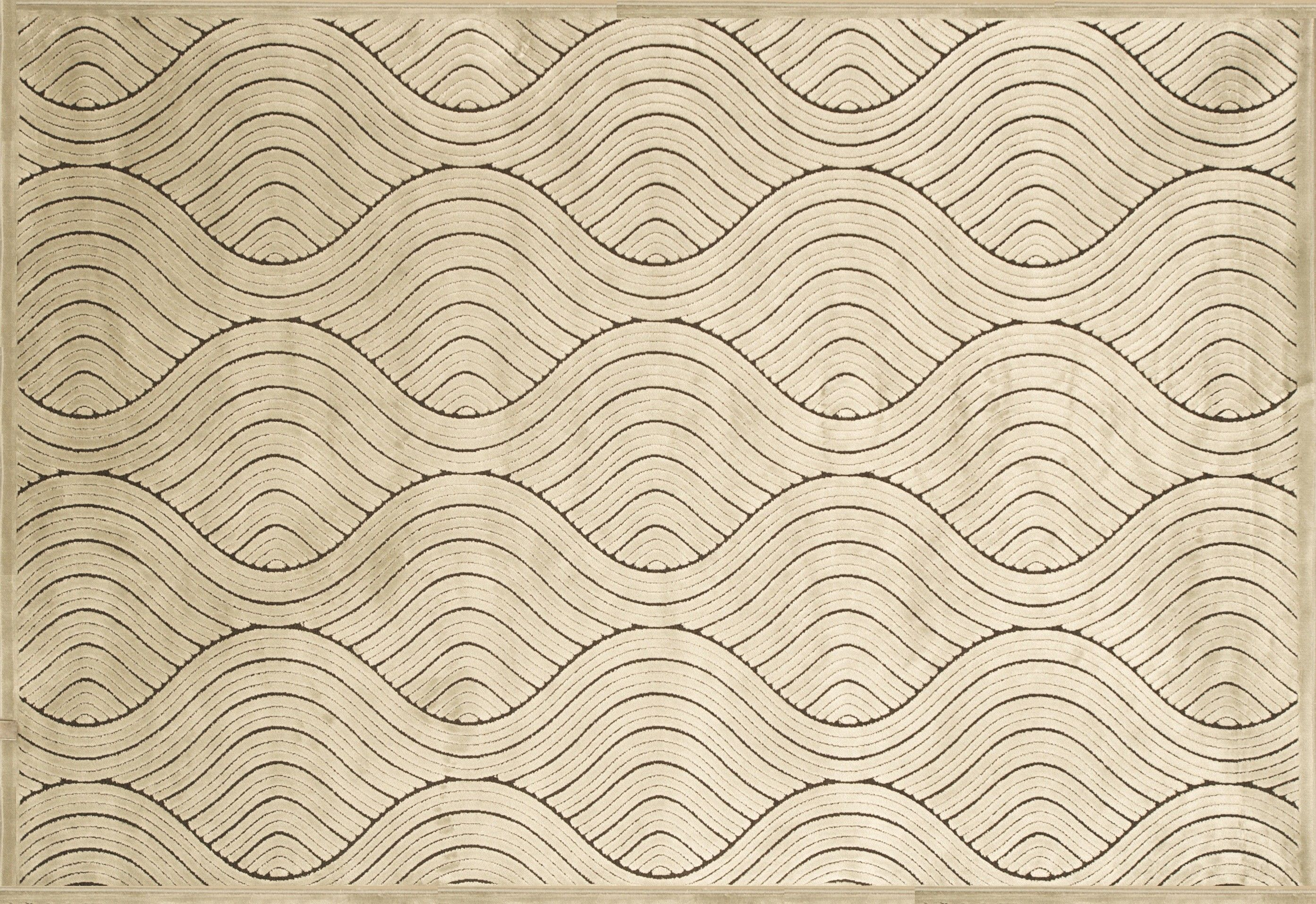 Cream wave pattered area rug with great texture