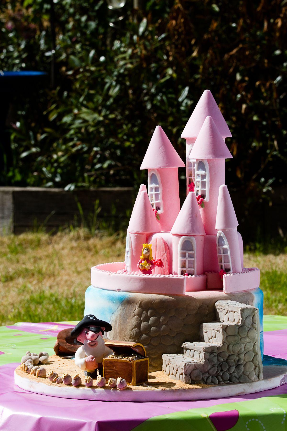 Cake ideas on pinterest pirate cakes marshmallow fondant and - Pirate Princess Cake Chocodebs Cakes Blog Archive Pink Pirate And Princess Cake
