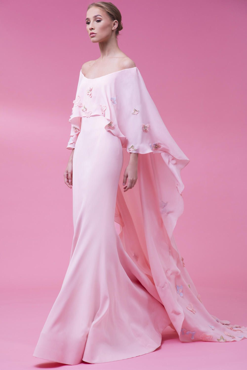 AotClothes | Haute couture | Pinterest | Gowns, Couture and Abayas