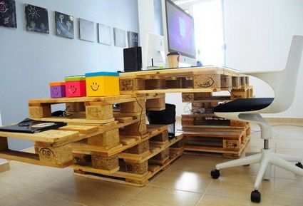 muebles de oficina hechos con palets de madera - Mobiliario Con Palets