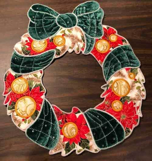 Photo of Easy No-Sew Fabric Wreath for Halloween or Fall Tutorial | Needlepointers.com