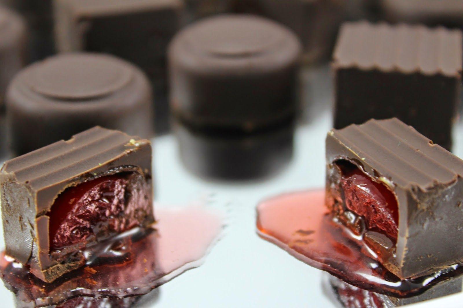 Blog Con Recetas Sencillas Rápidas Y Económicas De Cocina Tradicional Realizadas Por Ana Sevilla Bombones De Licor Bombones De Chocolate Recetas De Bombones