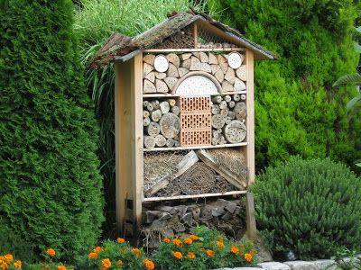 StrickRatte: Insektenhotel