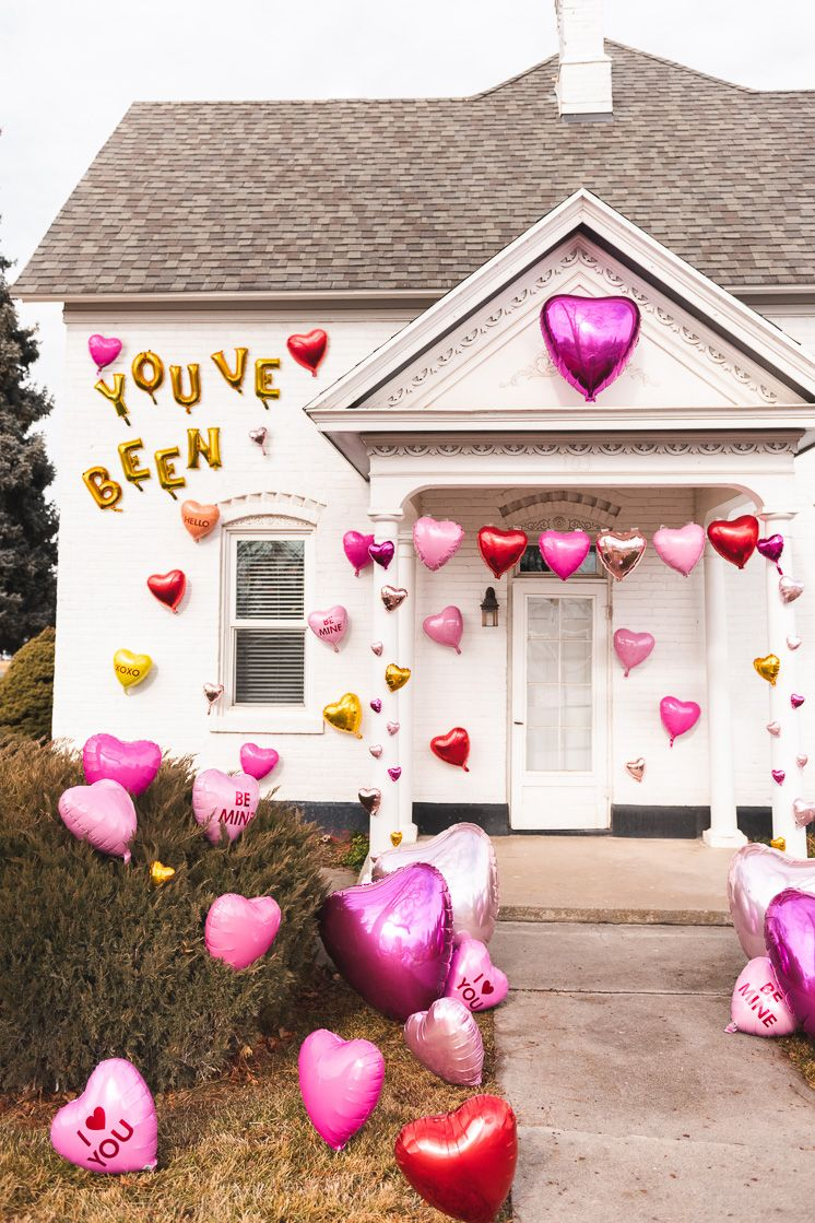 Give a (balloon) Heart Attack - The House That Lars Built