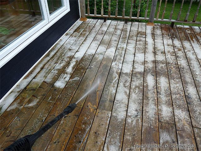 Clean Deck How To Clean Deck With Wood Cleaner And Pressure Washer In 2020 Wood Cleaner Wood Deck Cleaning