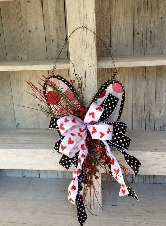 Red Valentine Wreath, Valentine Wreath Alternative, Door hanger, Valentine Door Hanger, Double door valentine, Valentine Burlap Door Hanger, Valentine