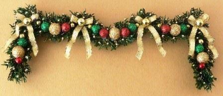 Dollhouse christmas garland wreath