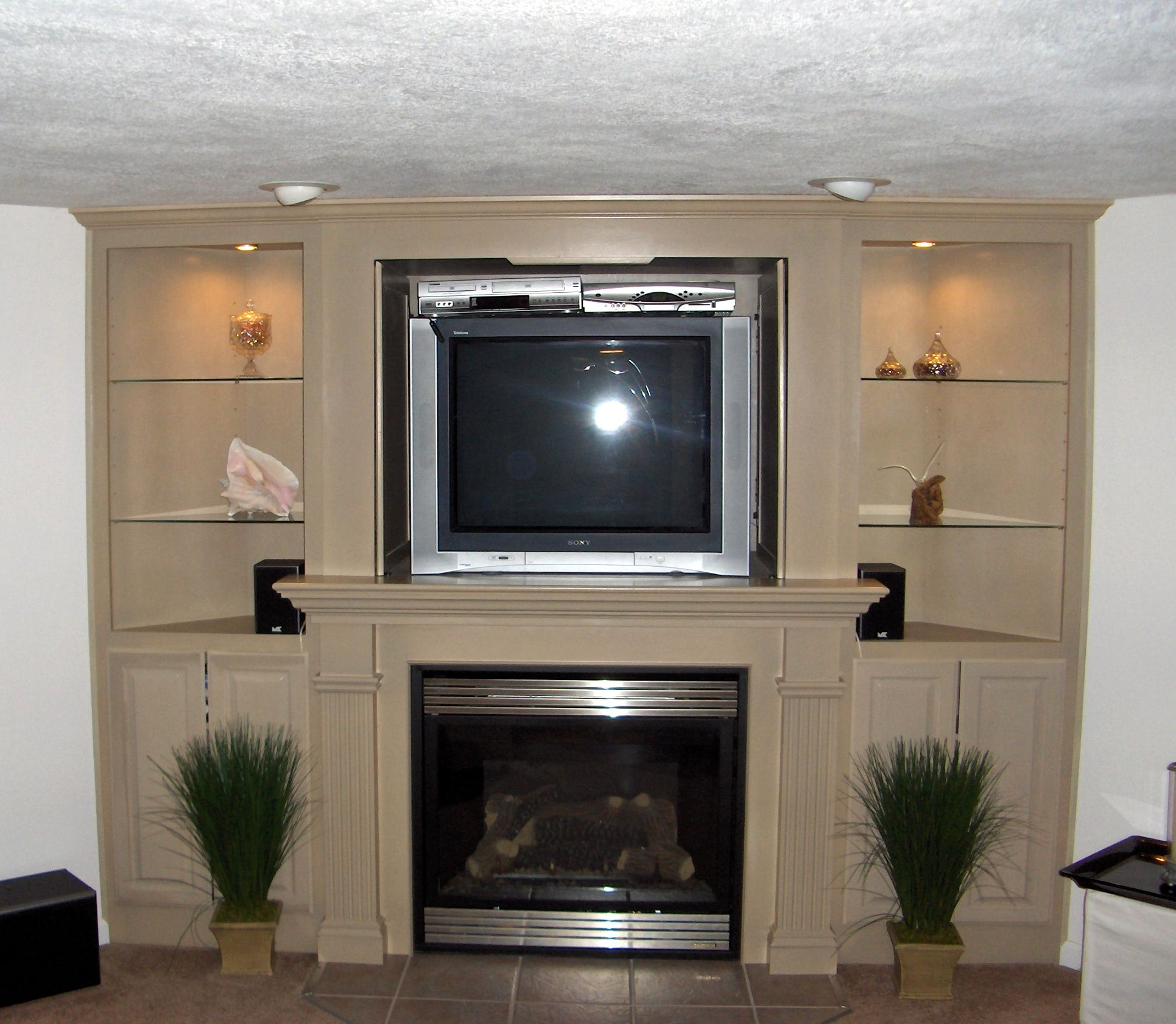 Fireplace Tv Combo Corner Fireplaces Tv For Basements Entertainment Center