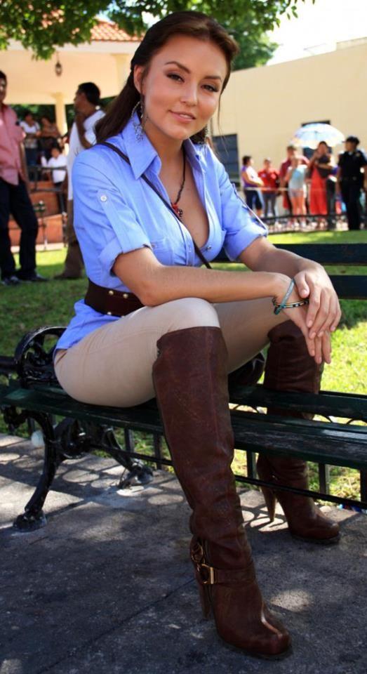 Angelique Boyer - Abismo de Pasion