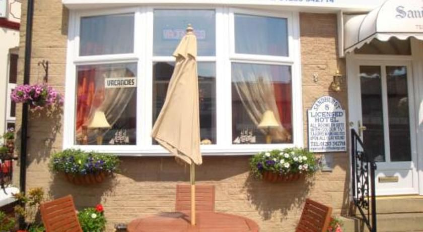 The Sandhurst Hotel Blackpool Located Opposite S South Pier Is Just 2 Minutes Walk From Pleasure Beach An Amut