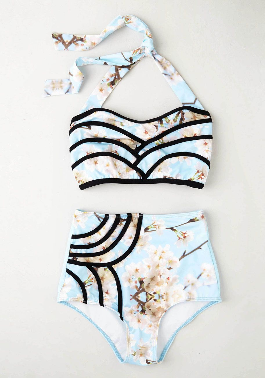 Set The Serene Swimsuit Top In Sky Con Imagenes Trajes De Bano