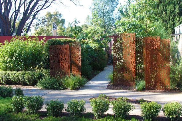 Taylor cullity lethlean s australian native garden for Tcl landscape architects adelaide