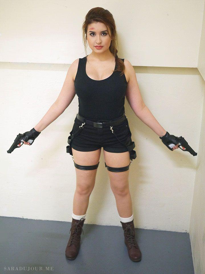 Lara Croft Tomb Raider Halloween Costume Sara Du Jour Lara Croft Costume Halloween Lara Croft Costume Tomb Raider Costume