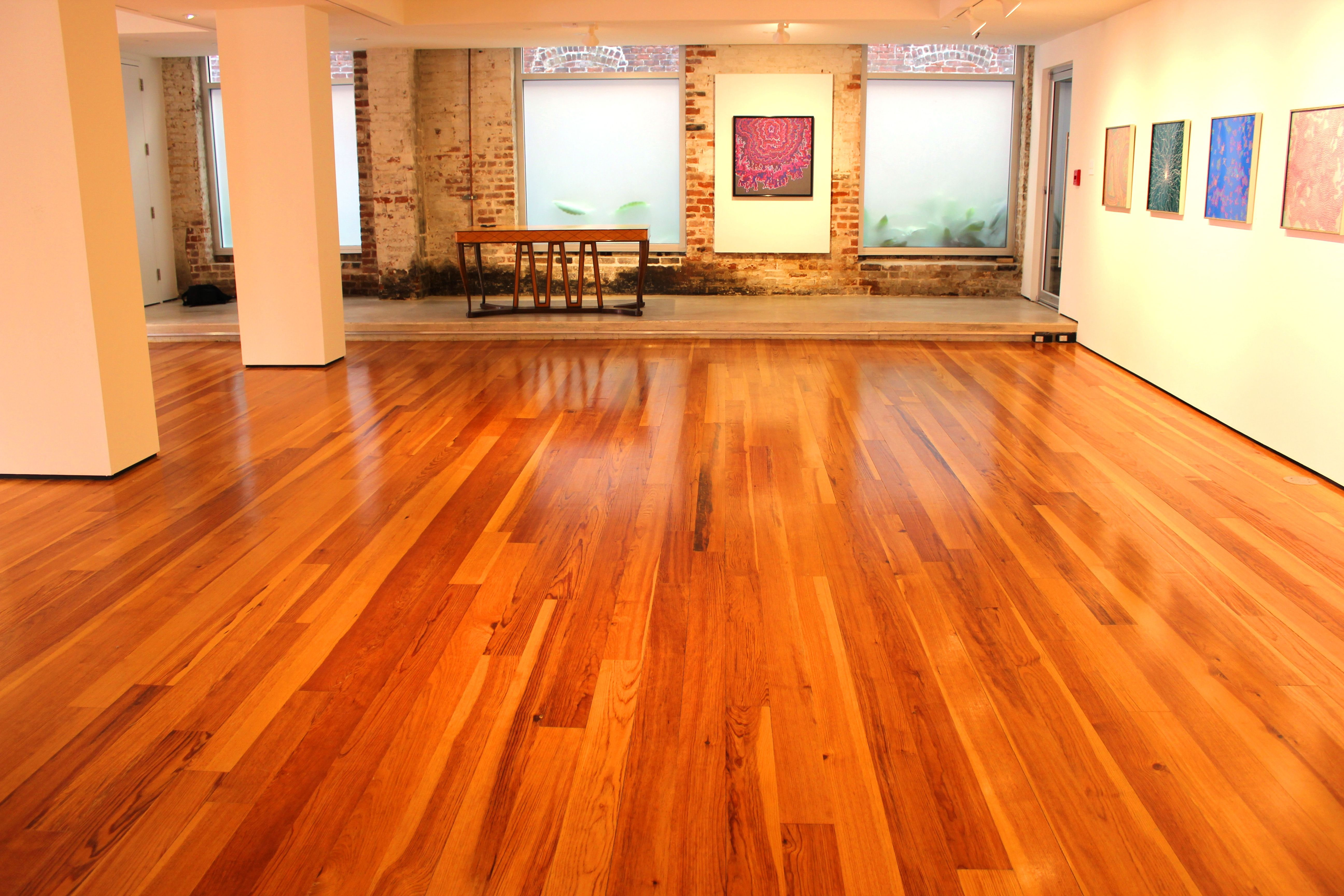 Caribbean Heart Pine Is A Beautiful Wood Prized Throughout The World For Its Distinctive Grain Rich Rous Patina And Durable Hardness