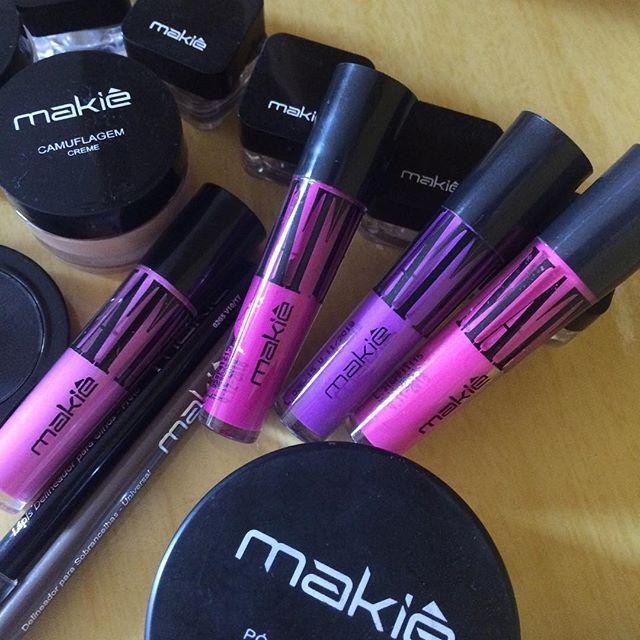 Um lindo FDS, e mais linda com makiê!  #makiê #amomakiê #mihmakiê #nósamamosmakiê #elasusammakiê #vocêlindademakiê #makeup