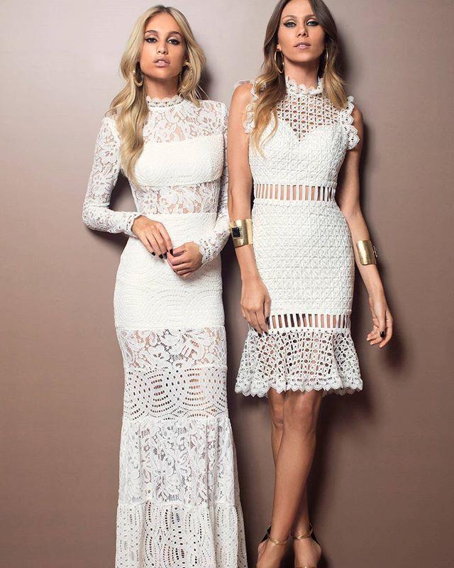 White glam 🌟✨ Vestido longo renda transparências estratégicas + vestido midi  renda interferência entremeios!! #FabulousAgilita