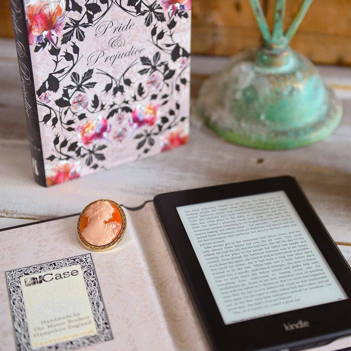 how to gift a kindle book uk