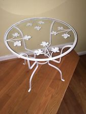 Wrought Iron Tole Grape Leaves Round