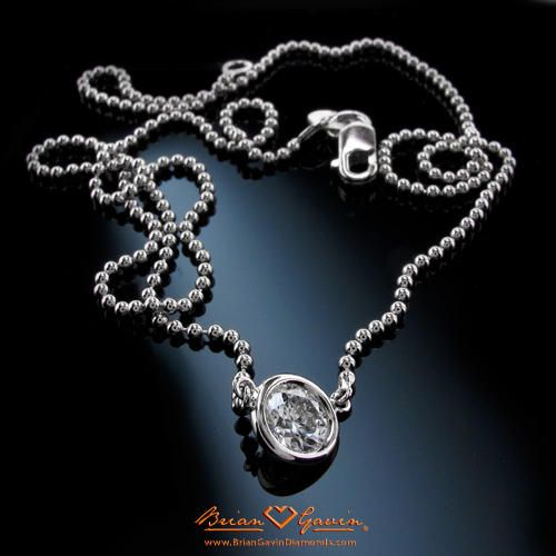 Picking The Perfect Diamond Pendant For 10 Year Anniversary Gift Diamond Jewelry Earrings Diamond Diamond Eyes