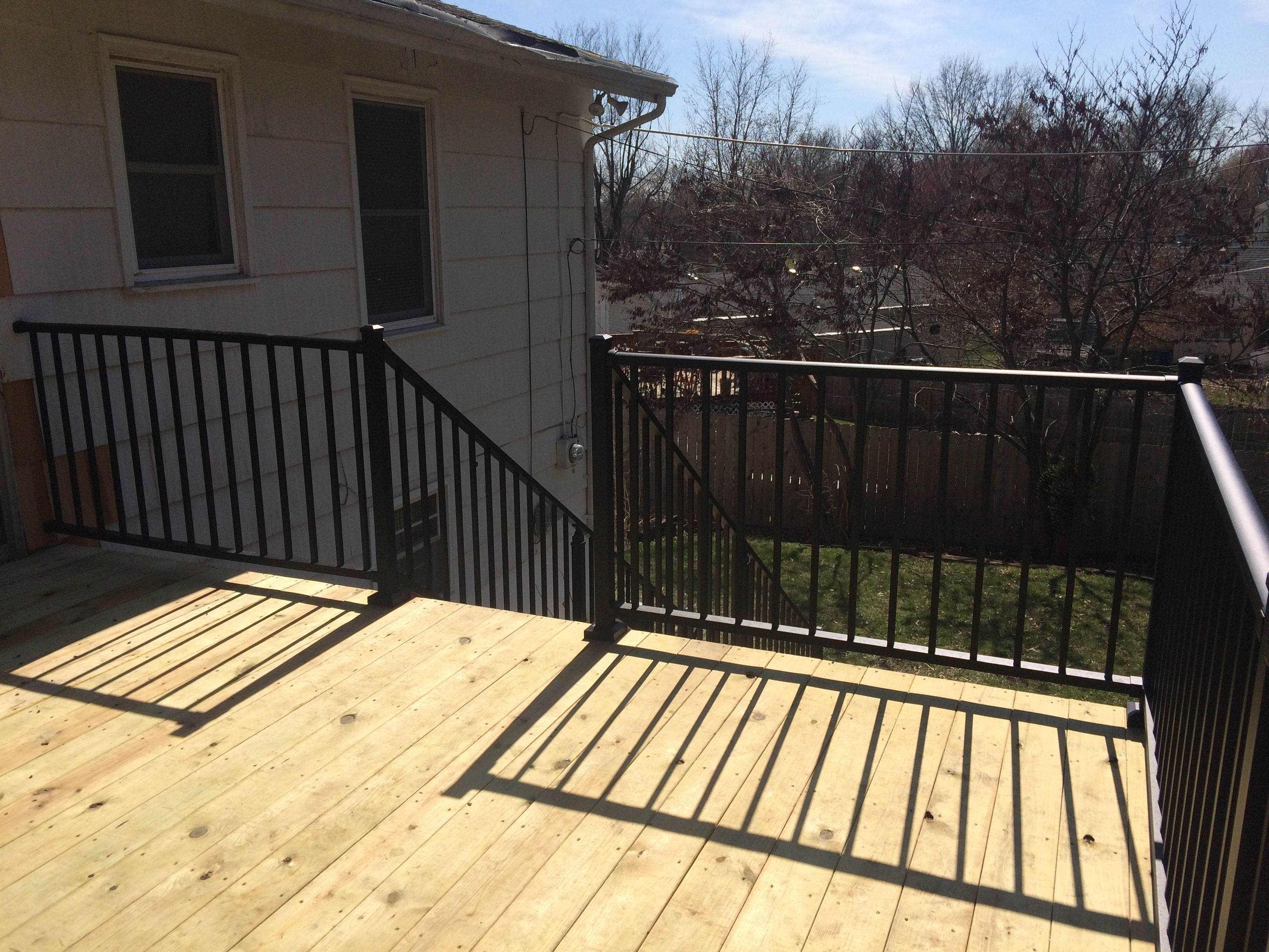 Westbury Aluminum Railing Black With Metal Posts Attached To