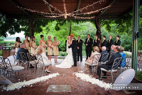 9 Best Dallas Texas Arboretum And Botanical Gardens Wedding Photographer Images On Pinterest Back Garden Weddings Poses