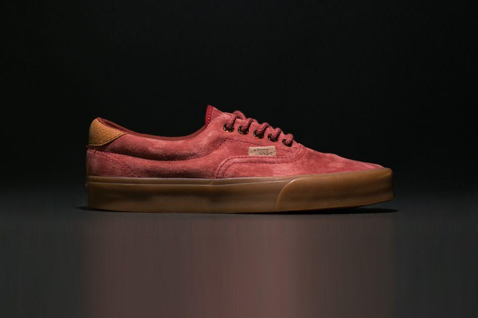 vans authentic red gum sole