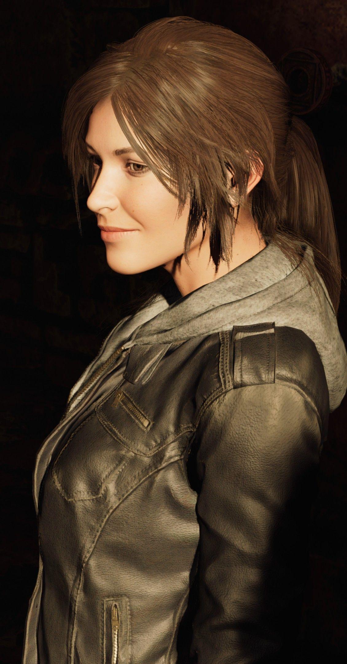 CosGeek: Lara Croft