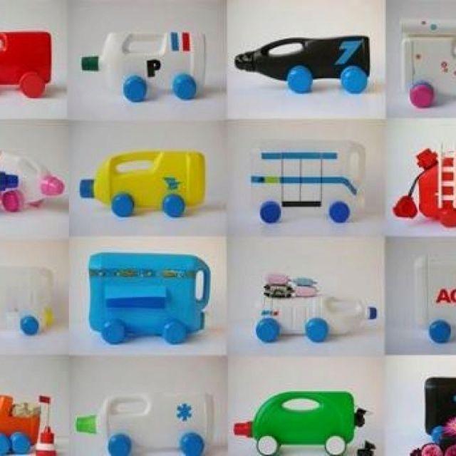 Con cualquier cosa un gran juguete kid s room for Juguetes de plastico