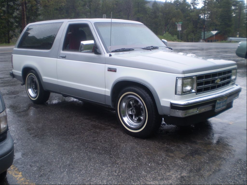 1985 chevrolet s10 blazer i was a huge fan of the original uncomplicated underpowered s10 blazer fuel efficient and generally well designed  [ 1024 x 768 Pixel ]