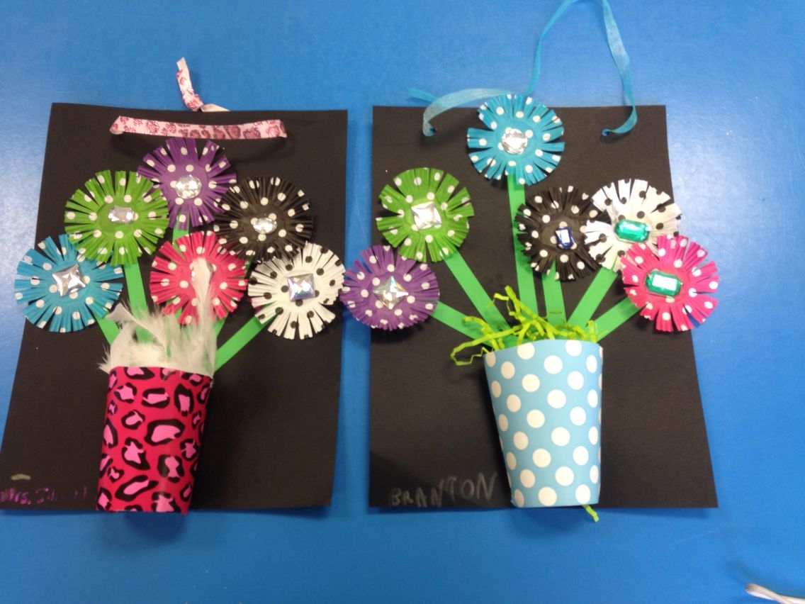 Mothers Day Craft For School Flowers Made From Cupcake Liners And